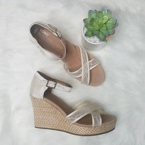 Tom's White Lace Wedge Sandal Heels Size 9.5